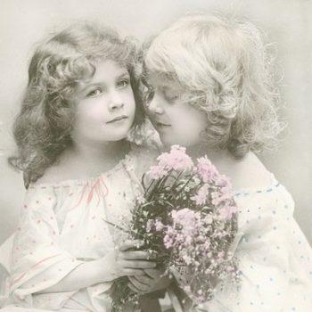 Decoupage Napkins | Vintage Photo Little Sisters