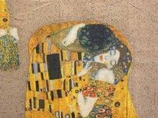 "Decoupage Paper Art Napkin | Gustav Klimt's Der Kuss (The Kiss) on a Gold Background (13""x13"")"